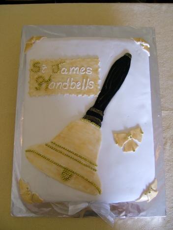 hand-bell-cake.jpg